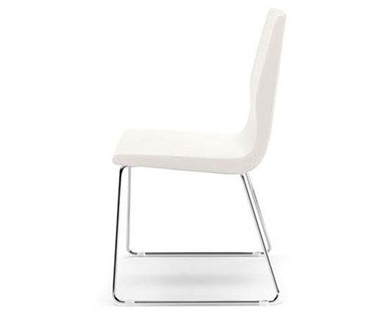 Sedie moderne metallo busetto sedia moderna s 438 for Arredo casa gaiarine